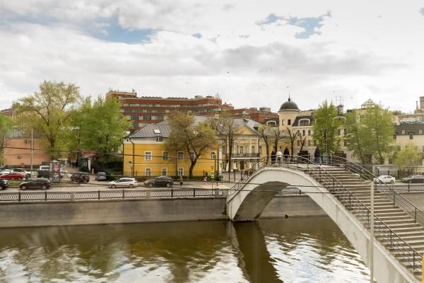 Makarov_Hostel_Travel_2